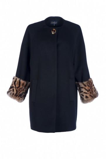 Cappotto con polsini in pelliccia Luisa Spagnoli autunno inverno 2013 2014