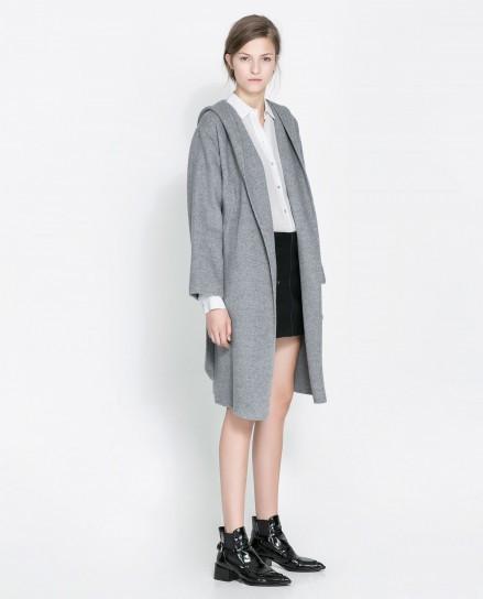 Cappotto grigio con cappuccio Zara