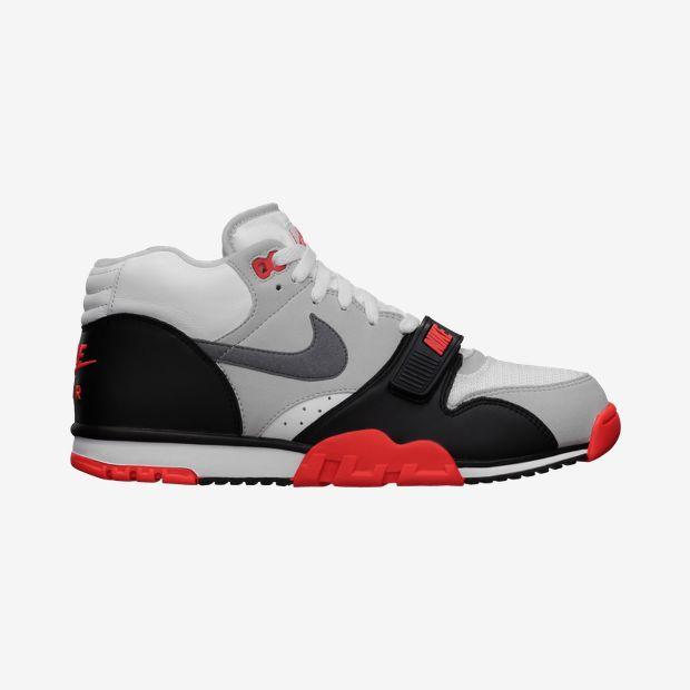 Nike Air Trainer scarpe uomo 125 euro