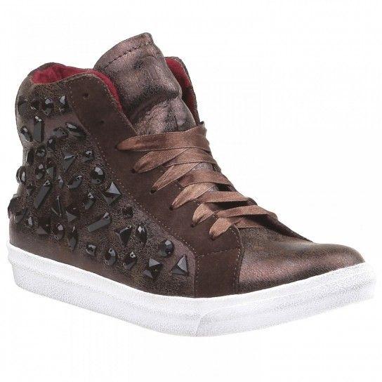 Sneakers Bata autunno inverno 2013 2014 con applicazioni