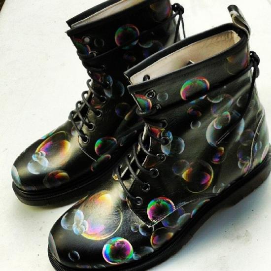 M2.0 Fucking shoe scarponcini con bolle di sapone