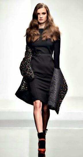 Abito nero con cintura collezione abbigliamento Twin Set autunno inverno 2014