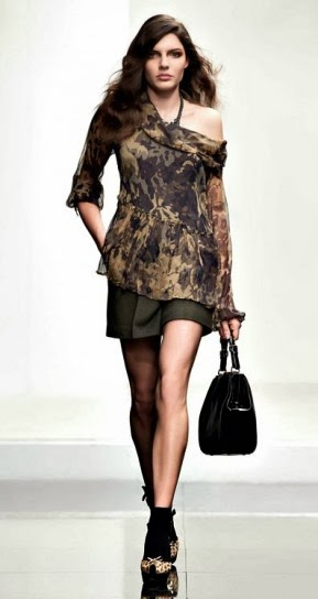 Blusa camouflage collezione abbigliamento Twin Set autunno inverno 2014