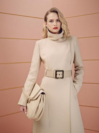 Cappotto con collo alto Elisabetta Franchi collezione autunno inverno 2014