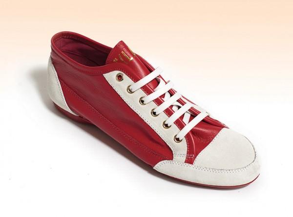 Scarpe da ginnastica rosse Alviero Martini 1a Classe primavera estate 2014