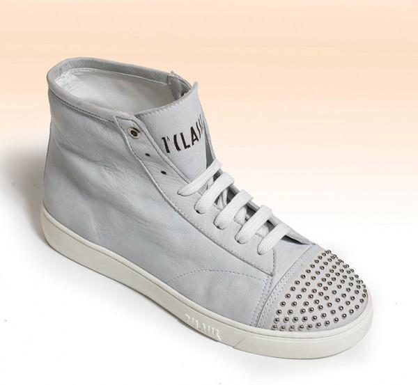 Sneakers con borchie Alviero Martini 1a Classe primavera estate 2014