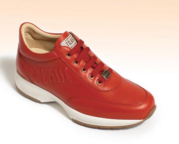 Sneakers rosse Alviero Martini 1a Classe primavera estate 2014