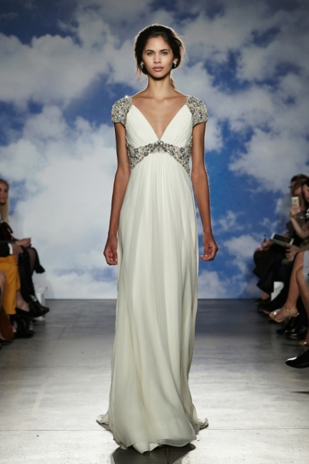 Abito da sposa alla greca con spalline e cintura con cristalli Jenny Packham 2015