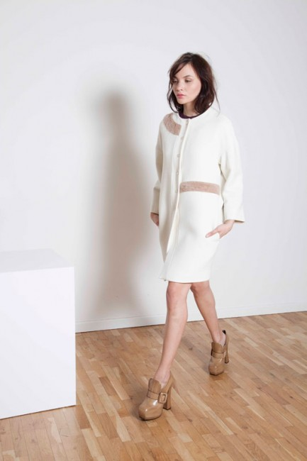 Cappotto bianco Annie P autunno inverno 2014 2015