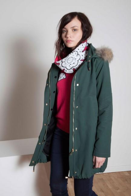 Giubbotto con cappuccio Annie P autunno inverno 2014 2015
