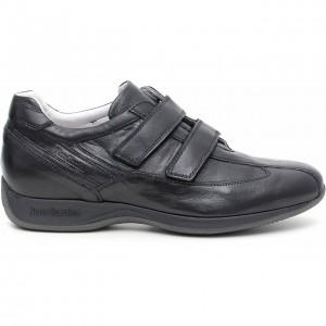 Sneakers con strappo Nero Giardini autunno inverno 2014 2015