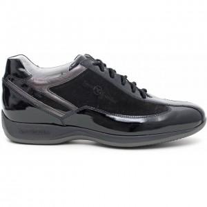 Sneakers vernice Nero Giardini autunno inverno 2014 2015