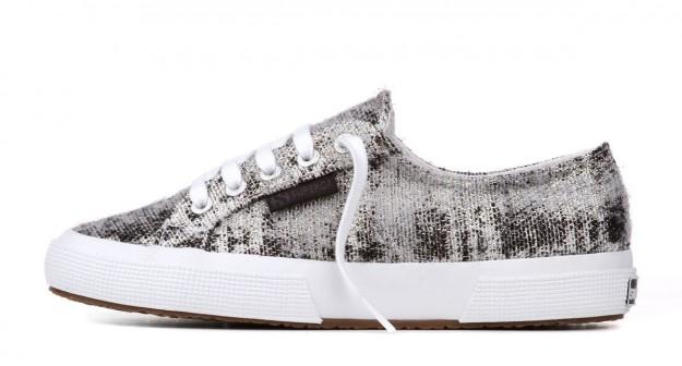 Sneakers Superga laminate