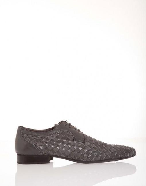 Stringate nere con lacci Pittarello scarpe autunno inverno 2014 2015