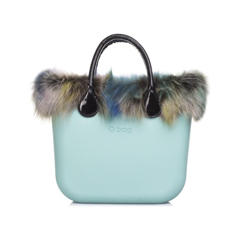 O bag con pelliccia celeste