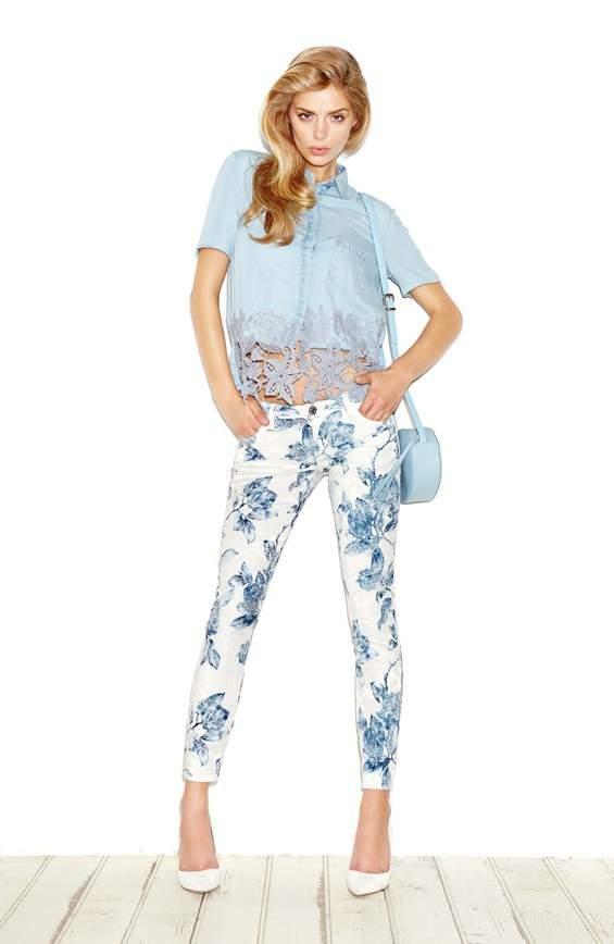 Pantaloni fiori Guess