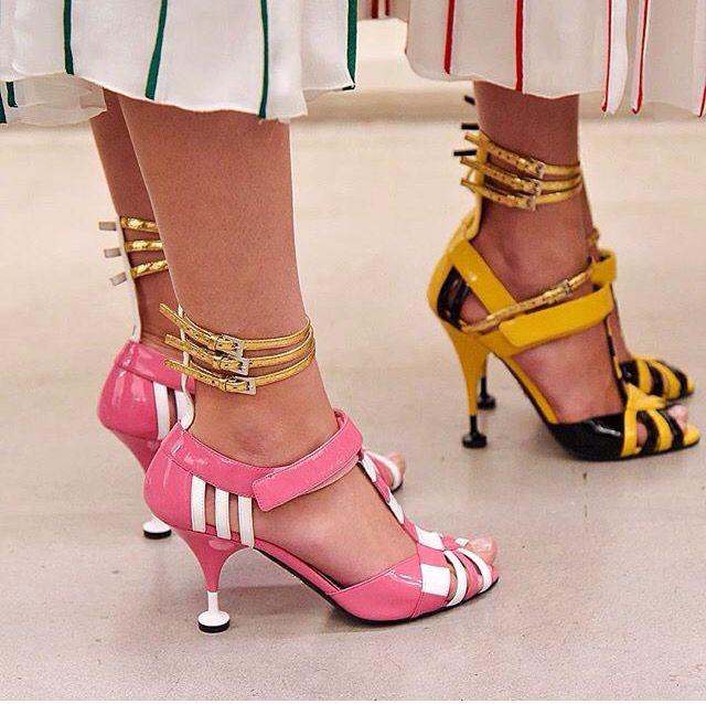 Sandali donna bicolore Prada