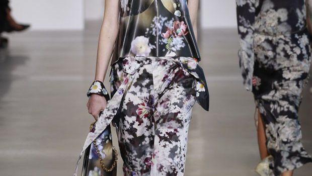 Calvin Klein primavera estate 2016 look fiori