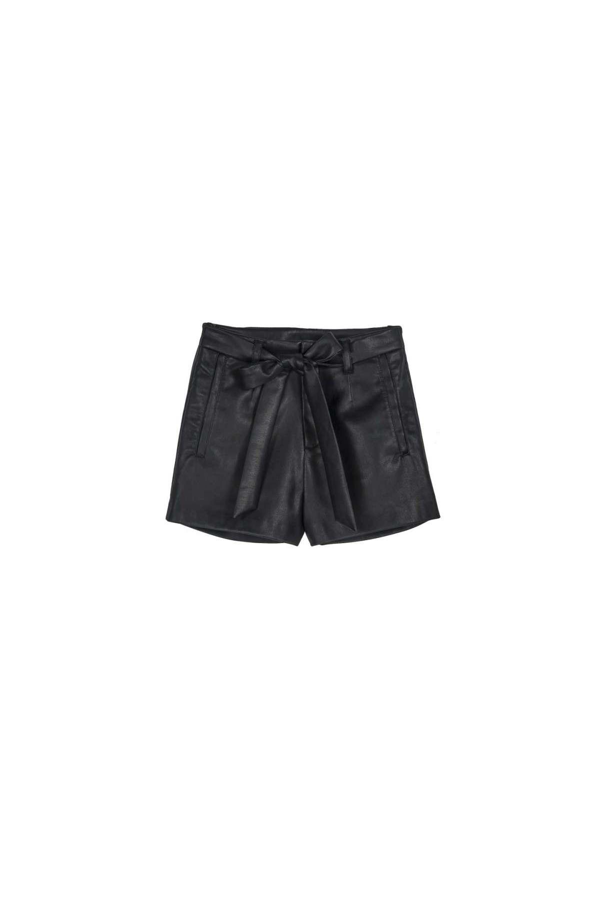 Shorts Neri Pimkie