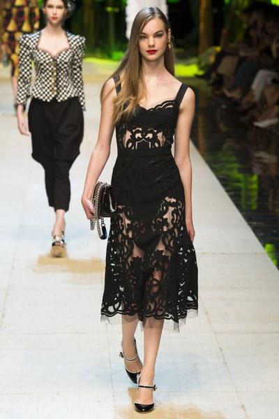 Dolce&Gabbana abito in pizzo nero con trasparenze