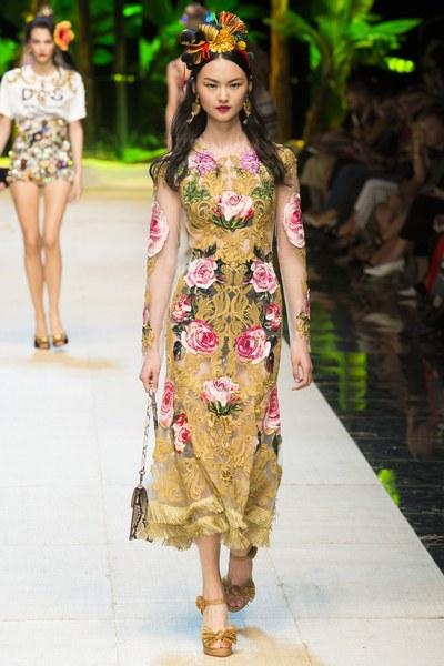 Dolce&Gabbana vestito a tema rose color cammello